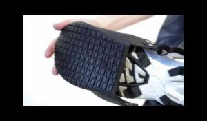 Safety Cap Overshoes by Tiger Grip [Eng]