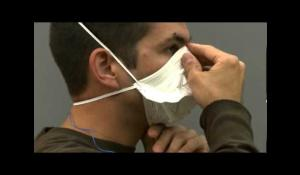3M™ VFlex™ Particulate Respirators 9105 and 9105S, N95 Demo